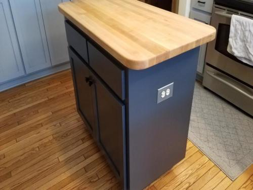New Berlin Cabinet Painting and Refacing c1f